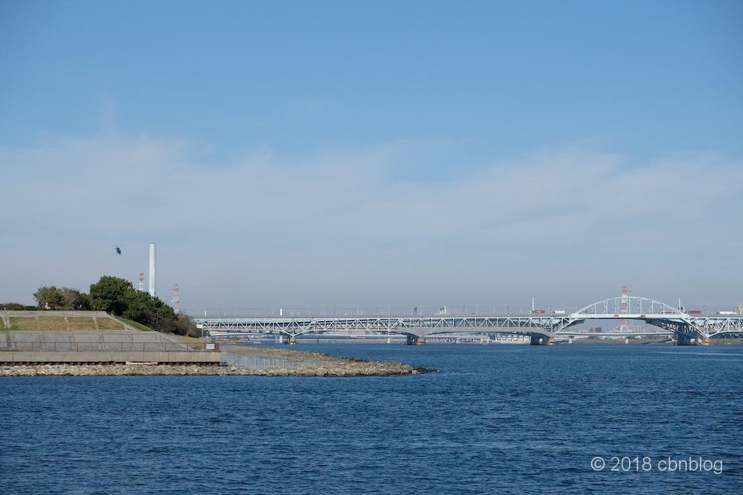 若洲海浜公園をサイクリングし、東京ゲートブリッジを歩いてみた