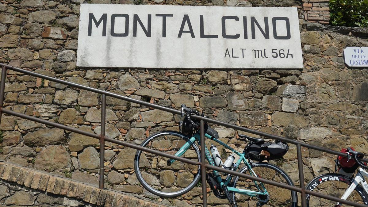 モンタルチーノ(Montalcino)